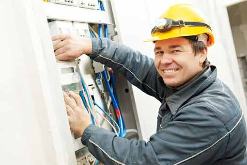 How to find an emergency electrician