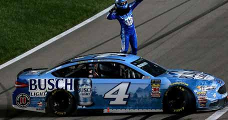 Harvick is a long shot to win title according to Las Vegas