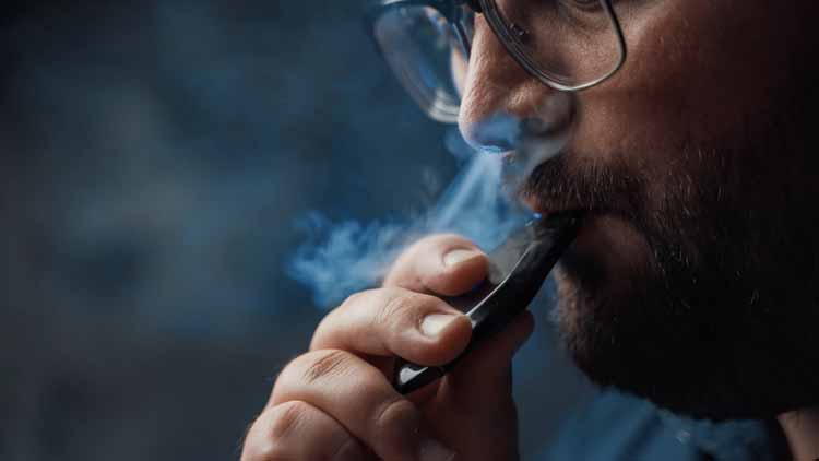 5 Reasons Why You Should Switch to a Vaporizer